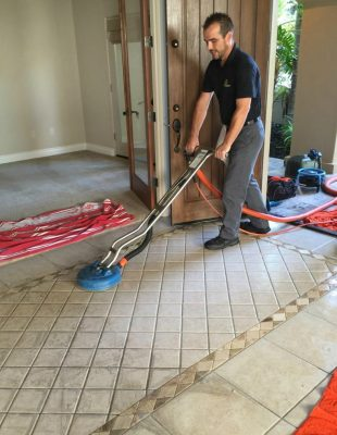 chuck-cleaning-tile-2